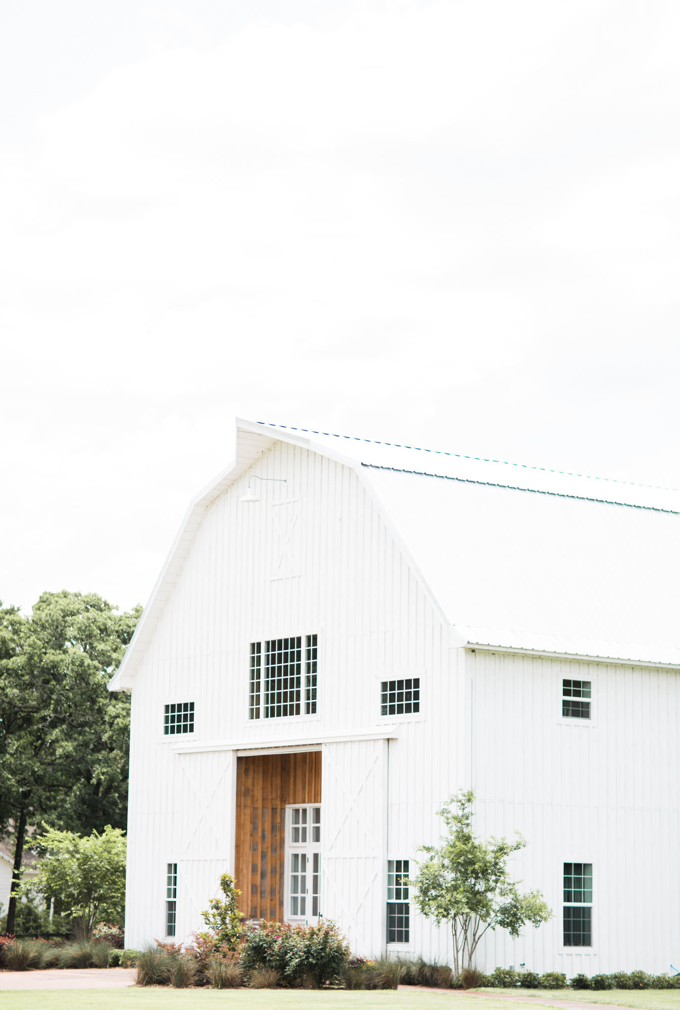 britney tarnos_white sparrow barn_rent my dust_amanda dallas wedding_ (2).jpg