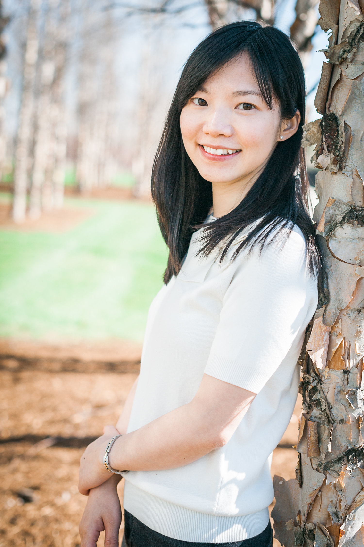 Lu Teng is a Postdoctoral Fellow at University of Antwerp's Center for Philosophical Psychology. In September 2017, she will join NYU Shanghai as an Assistant Professor of Philosophy. Her primary research interests are epistemology and the philosophy of mind.