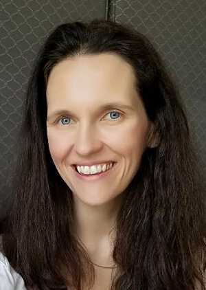 Jennifer Van Reet is a developmental psychologist and an Associate Professor at Providence College in Providence, Rhode Island. She studies the cognitive components of pretense and how they develop into adulthood.