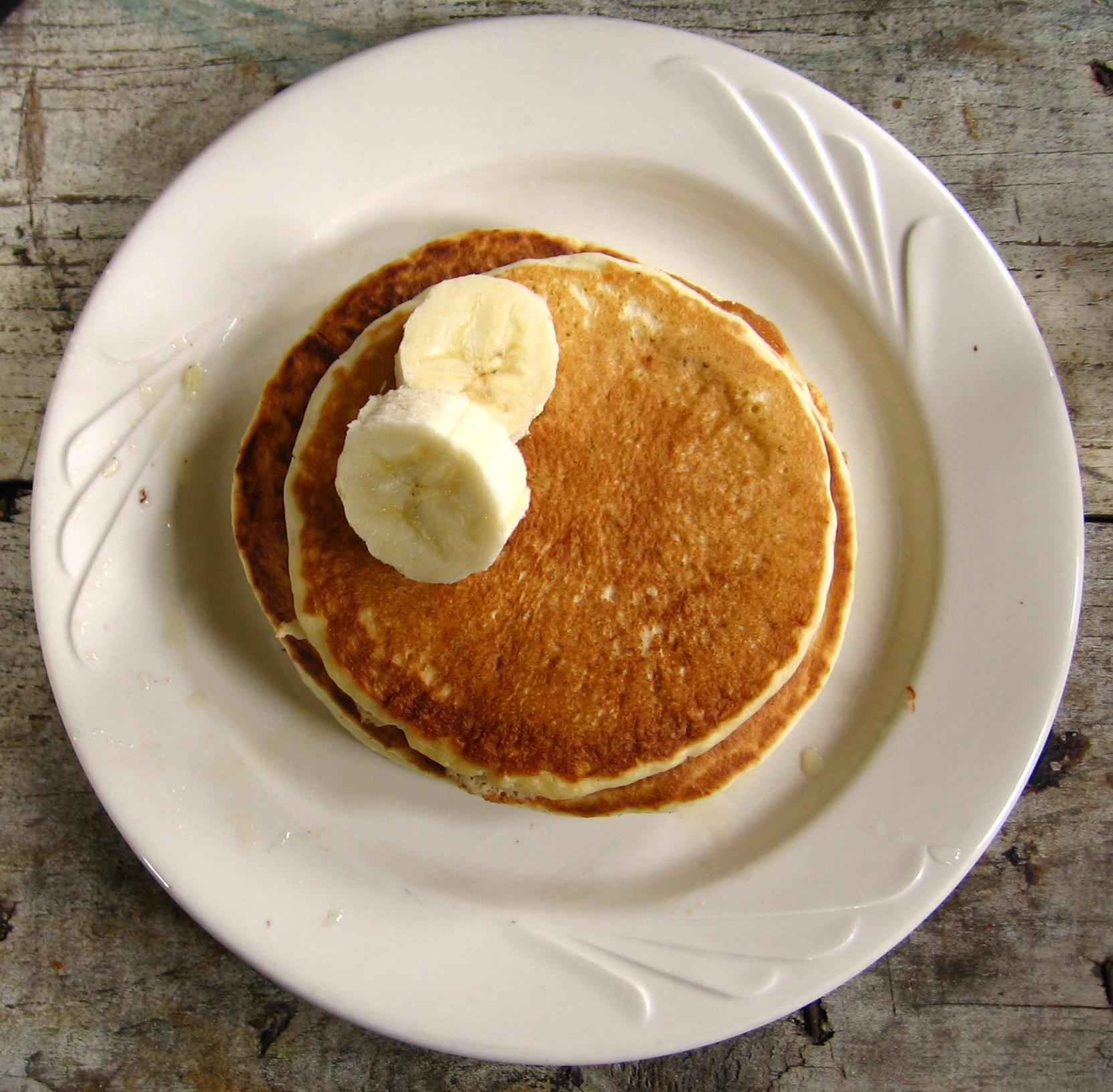 Banana_on_pancake.jpg