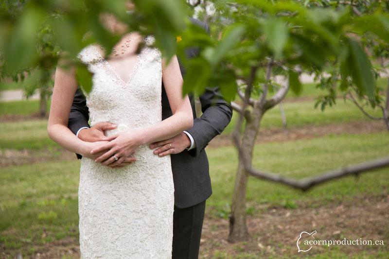 st-catharines-farm-outdoor-wedding-02