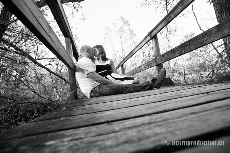 black-and-white-engagement-photos