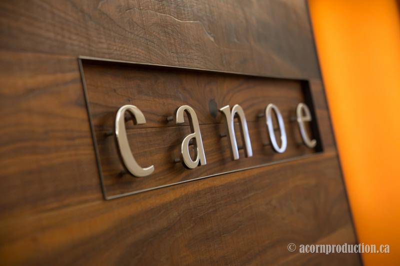 01-toronto-canoe-restaurant-logo