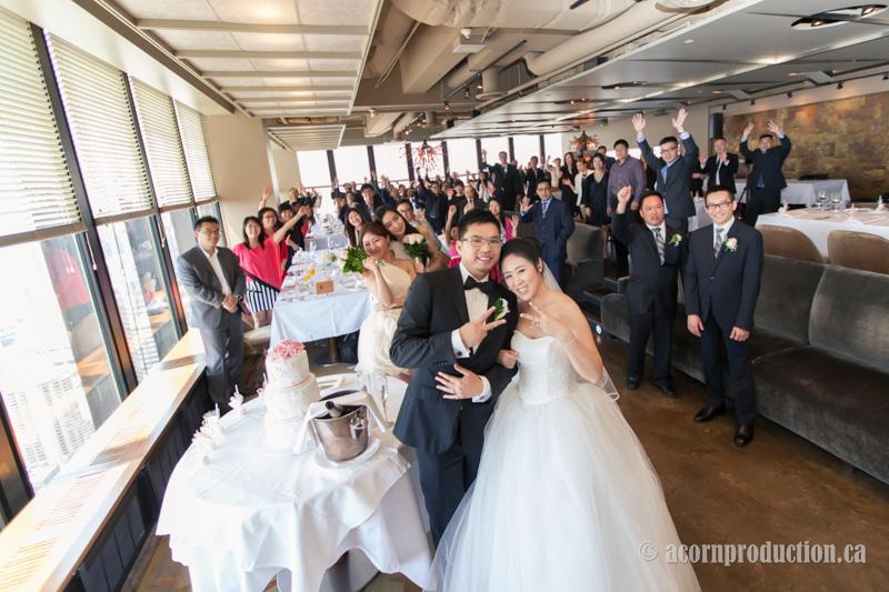 10-canoe-restaurant-wedding-photography-toronto