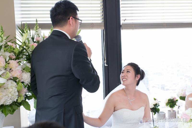13-canoe-restaurant-wedding-groom-speech