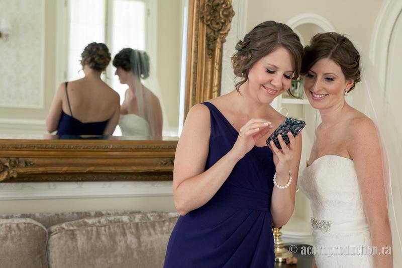 12-bride-bridesmaid