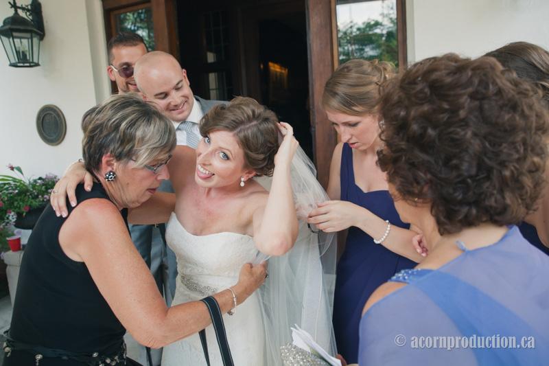 21-funny-face-bride