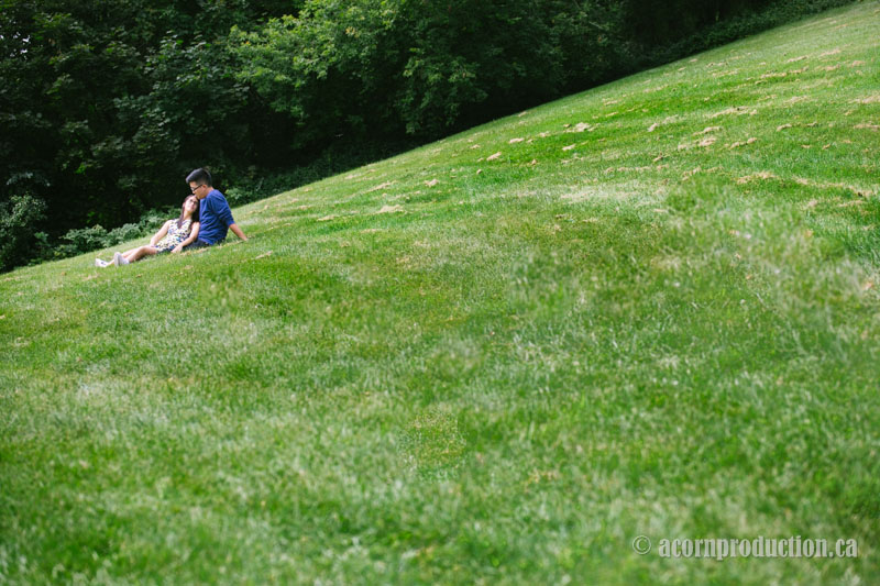 10-engagement-session-toronto-park