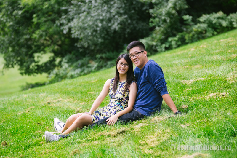 10-toronto-engagement-photographer