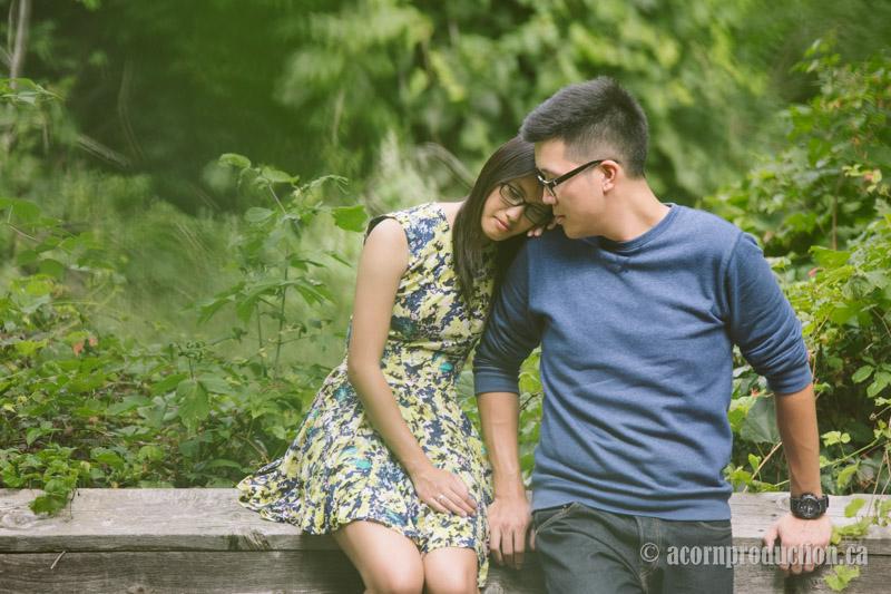 14-toronto-engagement-photography