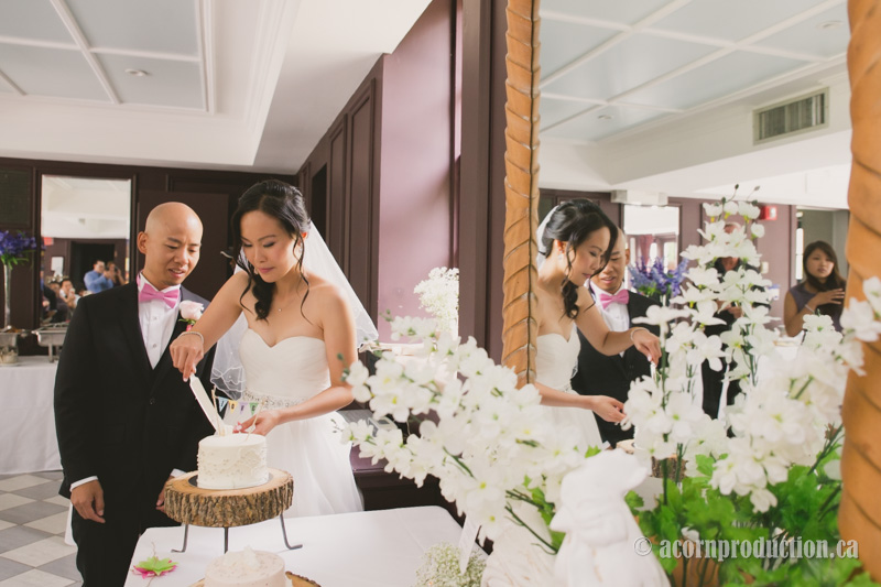 51-wedding-cake-cutting-estate-of-sunnybrook