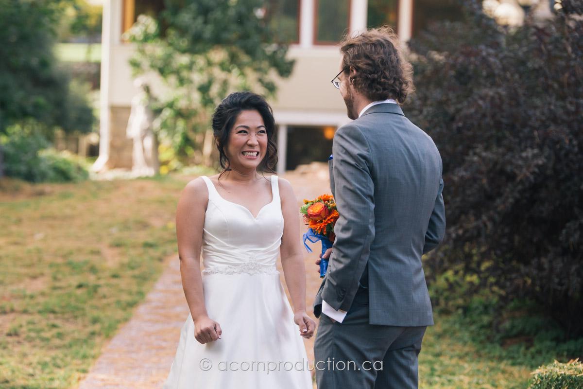 terra-cotta-inn-bride-see-groom-first-time