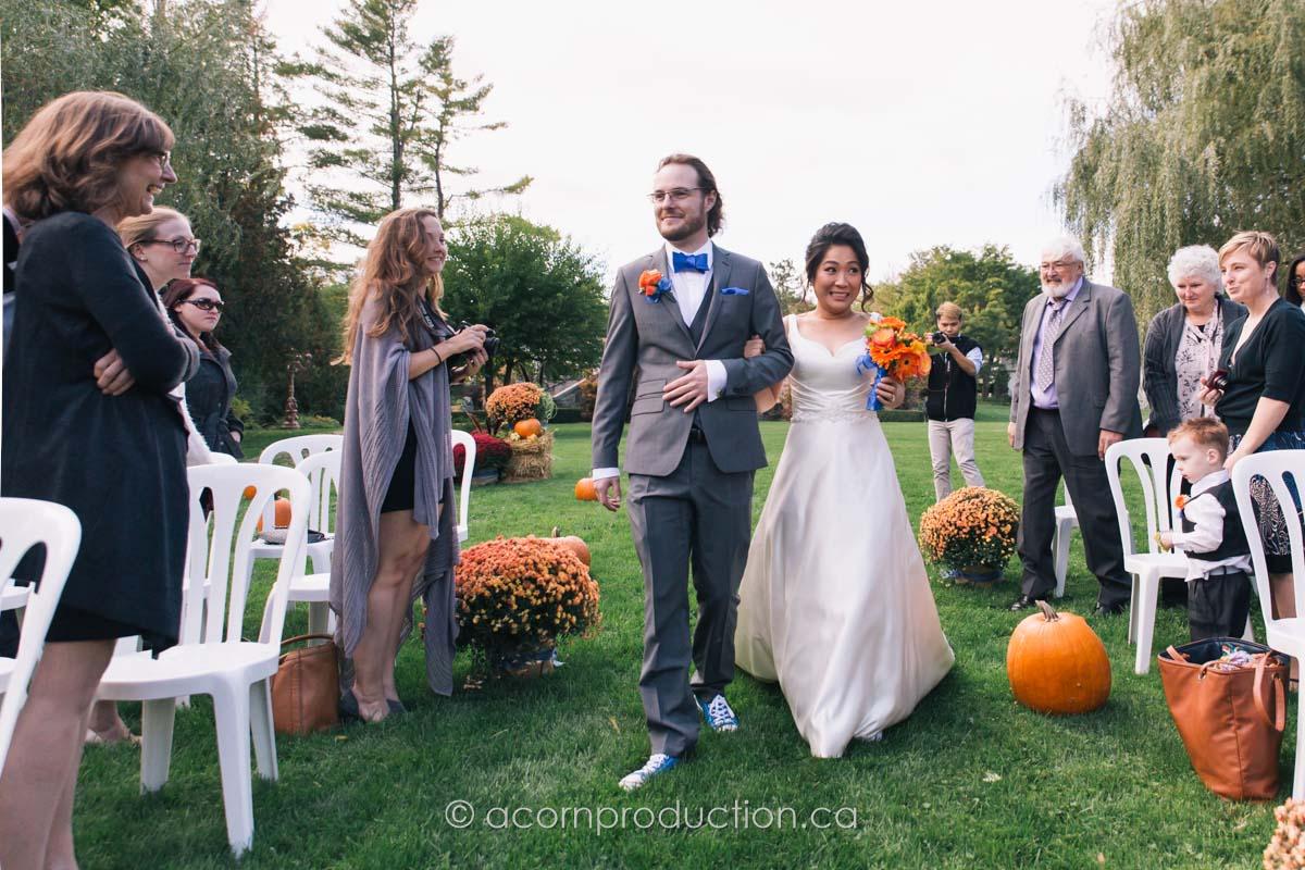 terra-cotta-inn-outdoor-fall-wedding