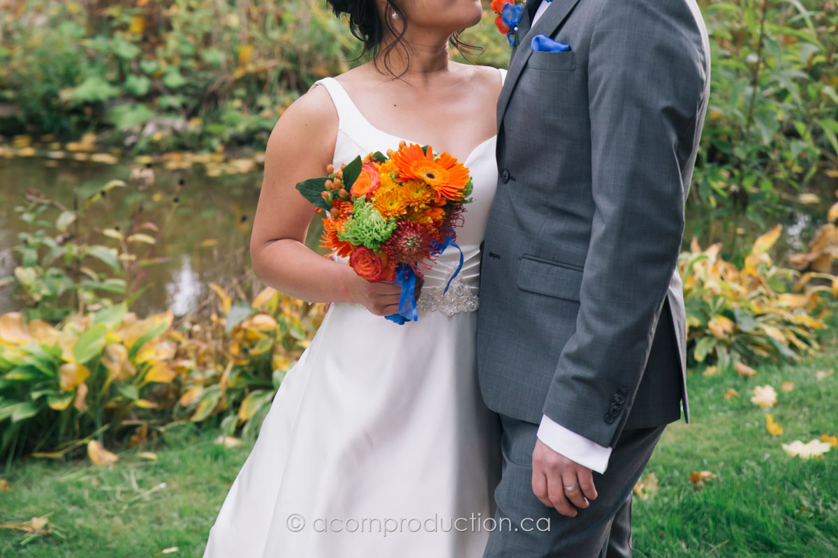 fall-wedding-red-yellow-orange-theme-color