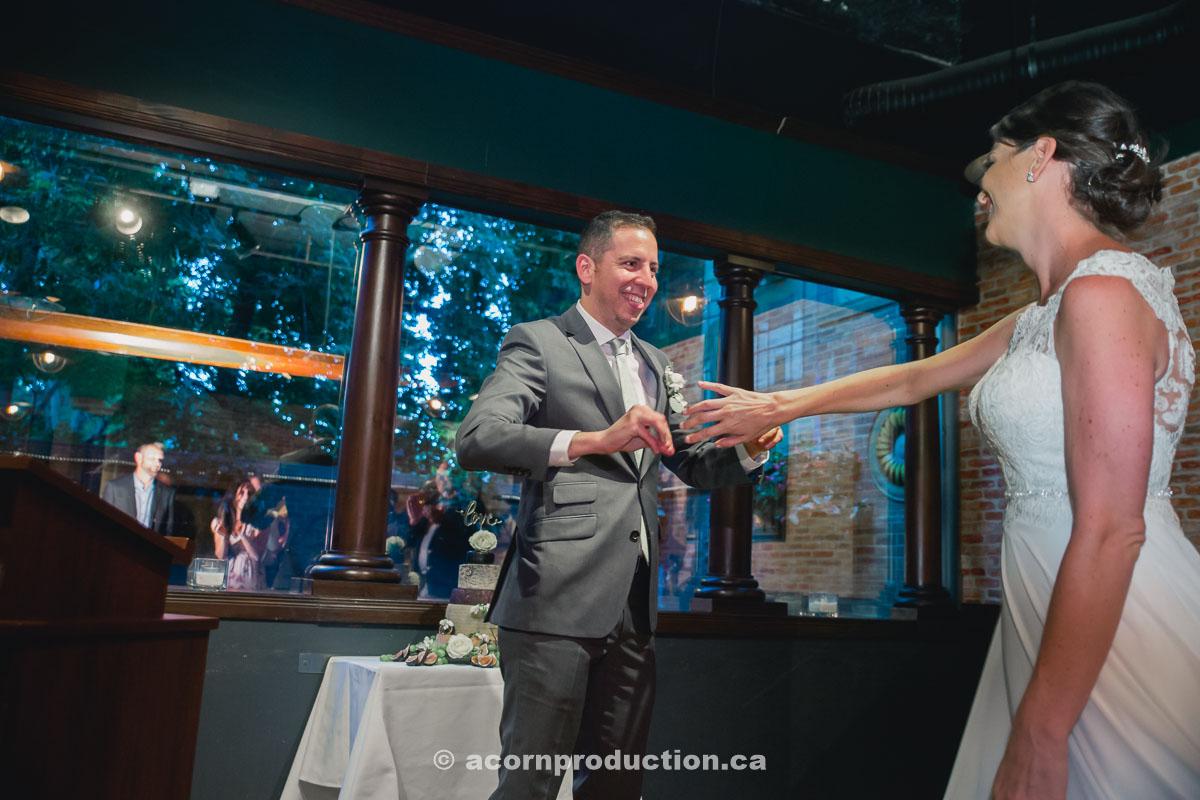 toronto-granite-brewery-wedding-photography-by-acornproduction.ca-82.jpg