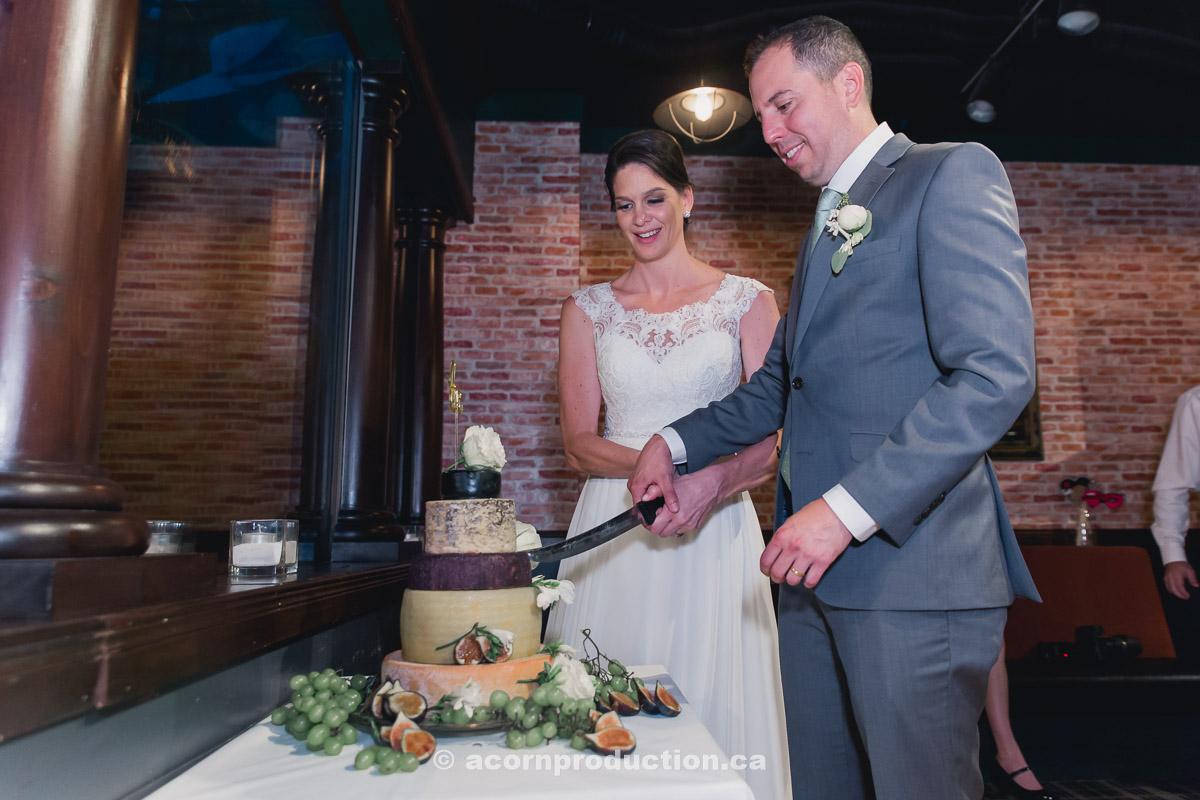toronto-granite-brewery-wedding-photography-by-acornproduction.ca-130.jpg