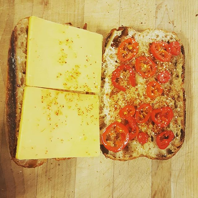 Baker's Breakfast: mini loaf, cheddar cheese, tajín & pickled jalapeños! 🌶🌶🌶🌶🌶. . . . . . #bakeday #madetoorder #bakeshop #earlyshift #lamadrugada #eastbayeats #pinole #contracostacounty #walnutcreek #lafayette #orinda #moraga #martinez