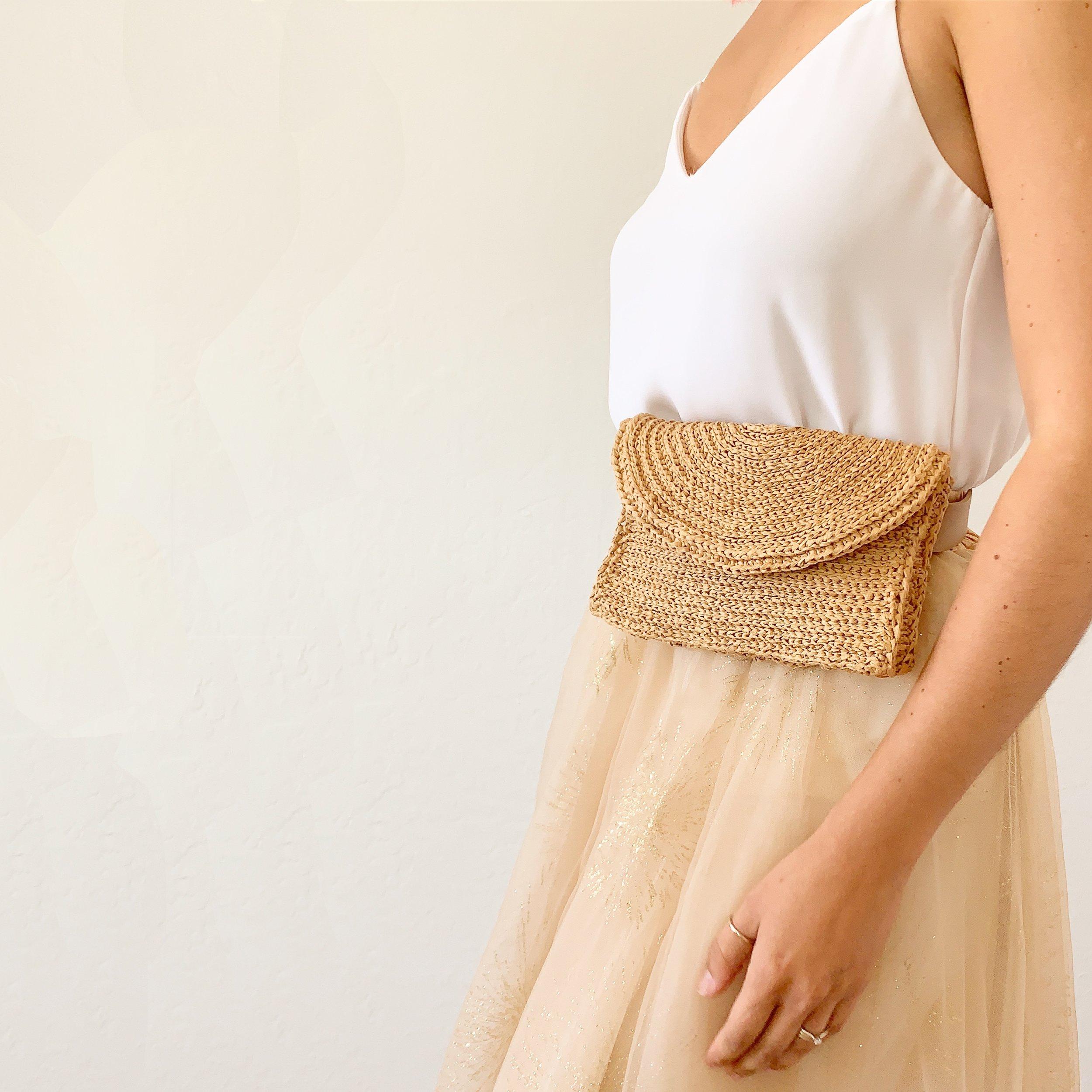 Front look - raffia belt bag