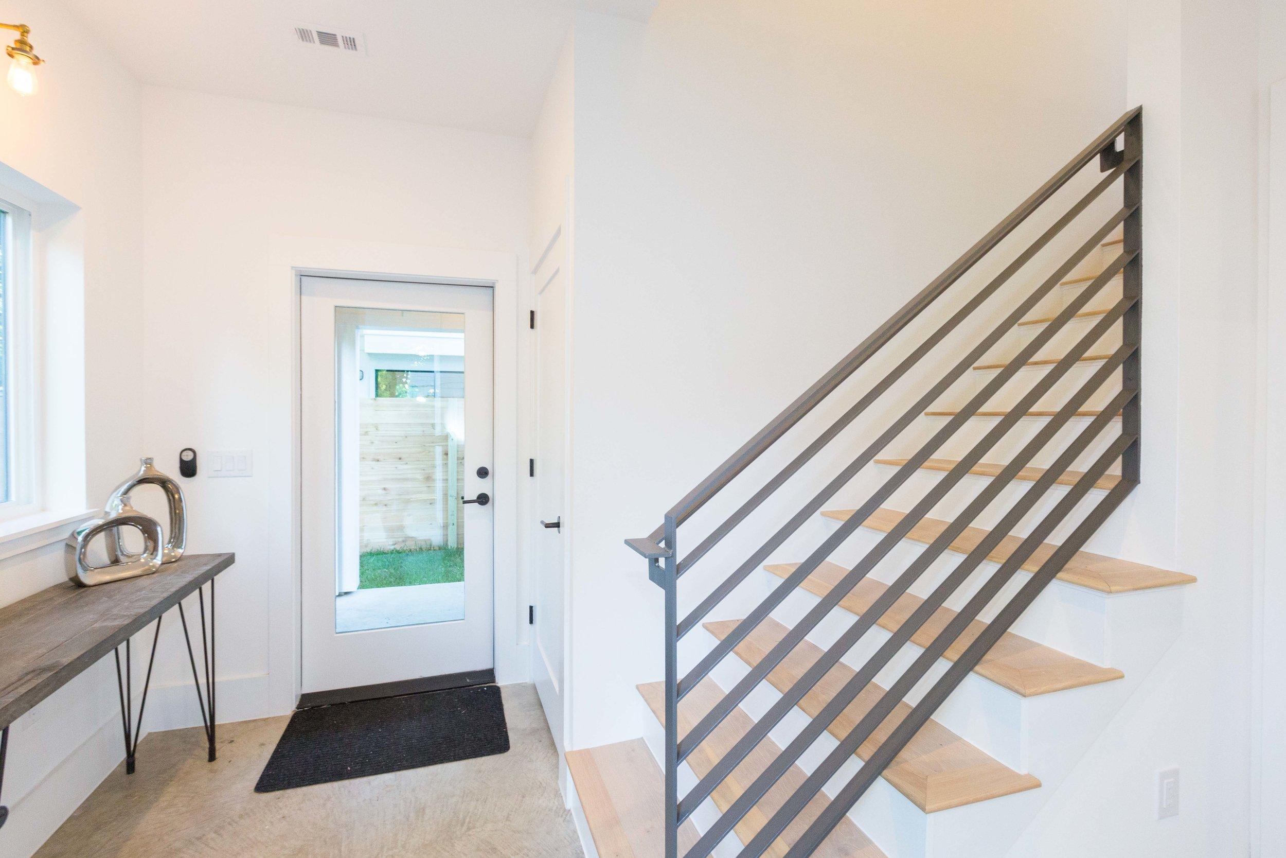 2504_WillowB_-_East_Austin_Alley_House_Modern_Cottage-9667[1].jpg