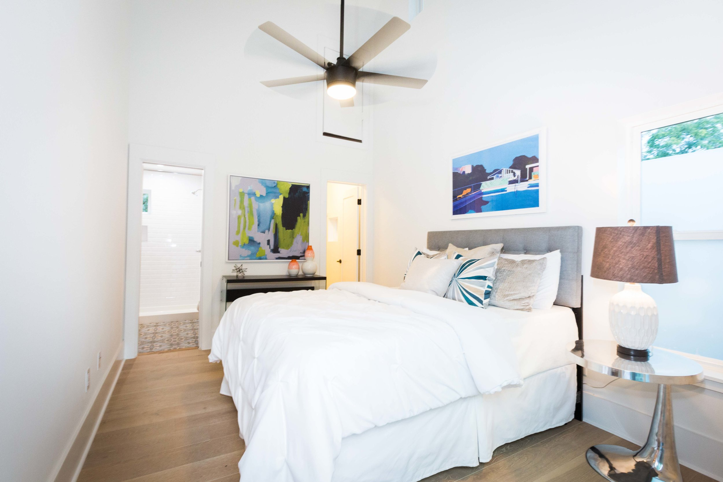 2504_WillowB_-_East_Austin_Alley_House_Modern_Cottage-9734[1].jpg