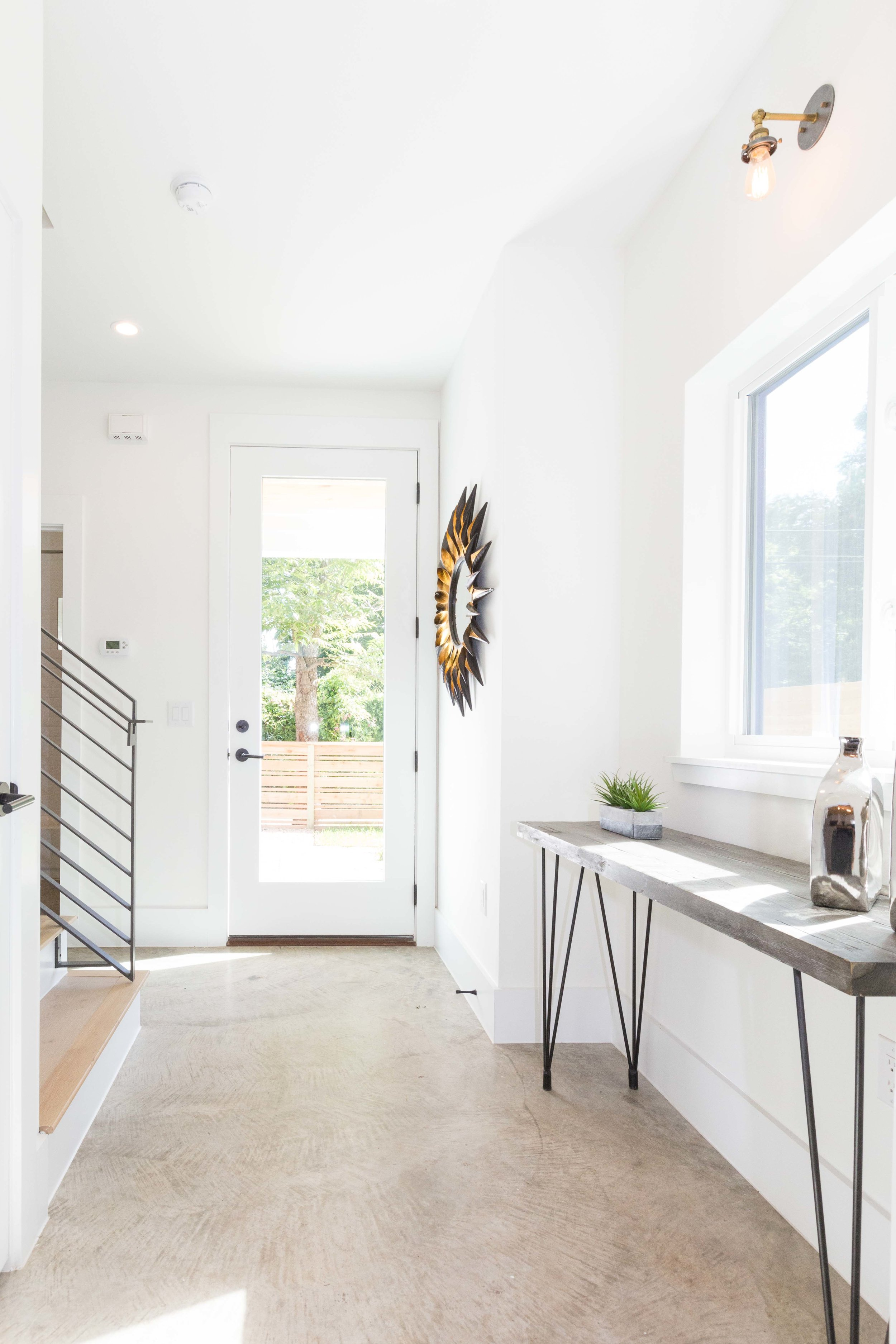 2504_WillowB_-_East_Austin_Alley_House_Modern_Cottage-9909[1].jpg