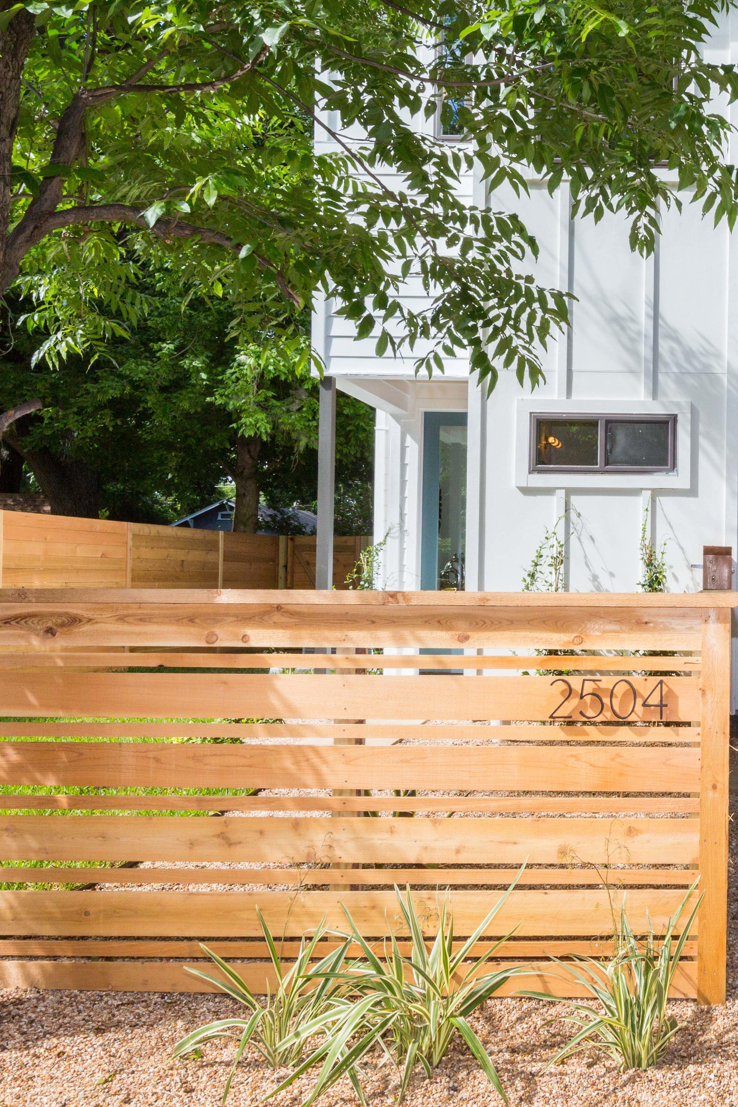 2504_WillowB_-_East_Austin_Alley_House_Modern_Cottage-9925[1].jpg