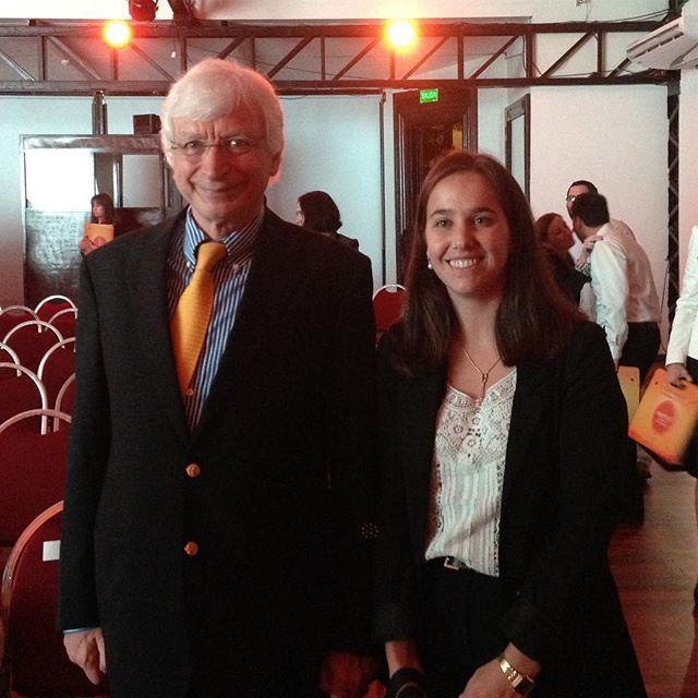 Con el Dr. Michael Holick luego de su conferencia sobre la vitamina D dirigida a la comunidad médica en Paraguay @mfholick #sunnyD #vitaminD #interpreter #sanofi