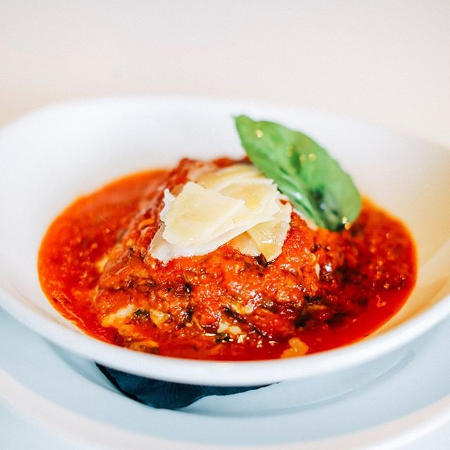 Monday's are tough, we're here to support you... with lasagna, the most comforting dish of all. - - - #lasagna #cheese #delicious #eatwellbewell #instadaily #foodpics #madefromscratch #isolapizzabar #italianfood #sdeats #authenticitalian #italiancuisine #lajolla #littleitalysd #sandiegoeats #pizza