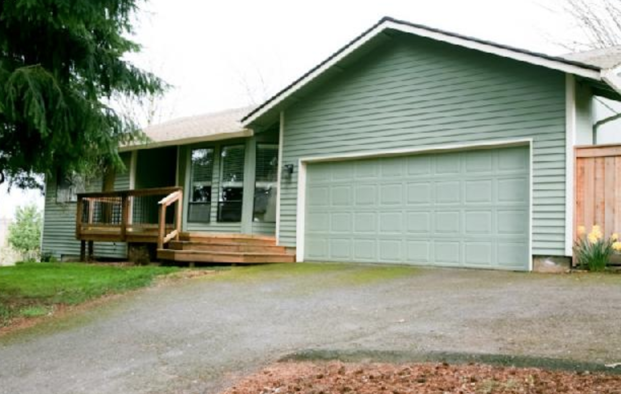 A sage green ranch, of course! We liked it, but not enough to waive home inspections (never never never…)