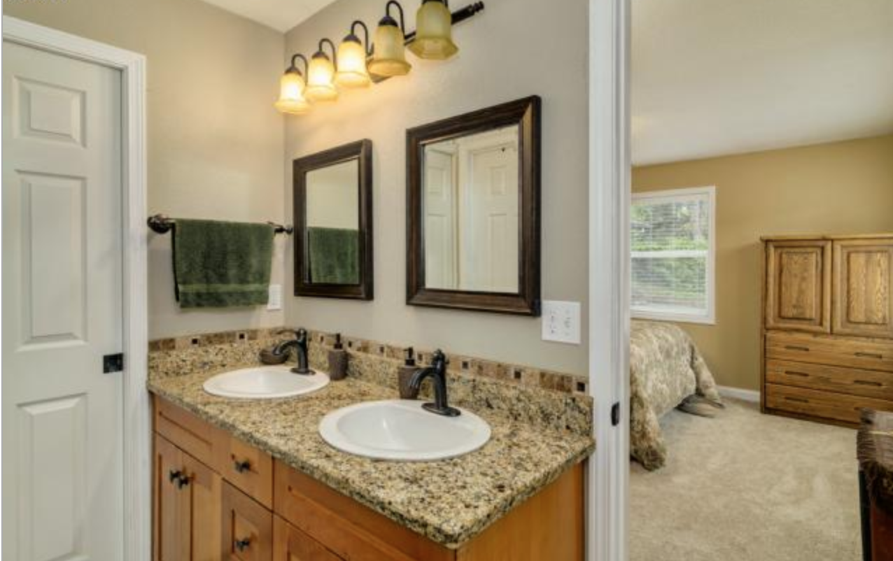 Not my dream bathroom but compromises can be made…