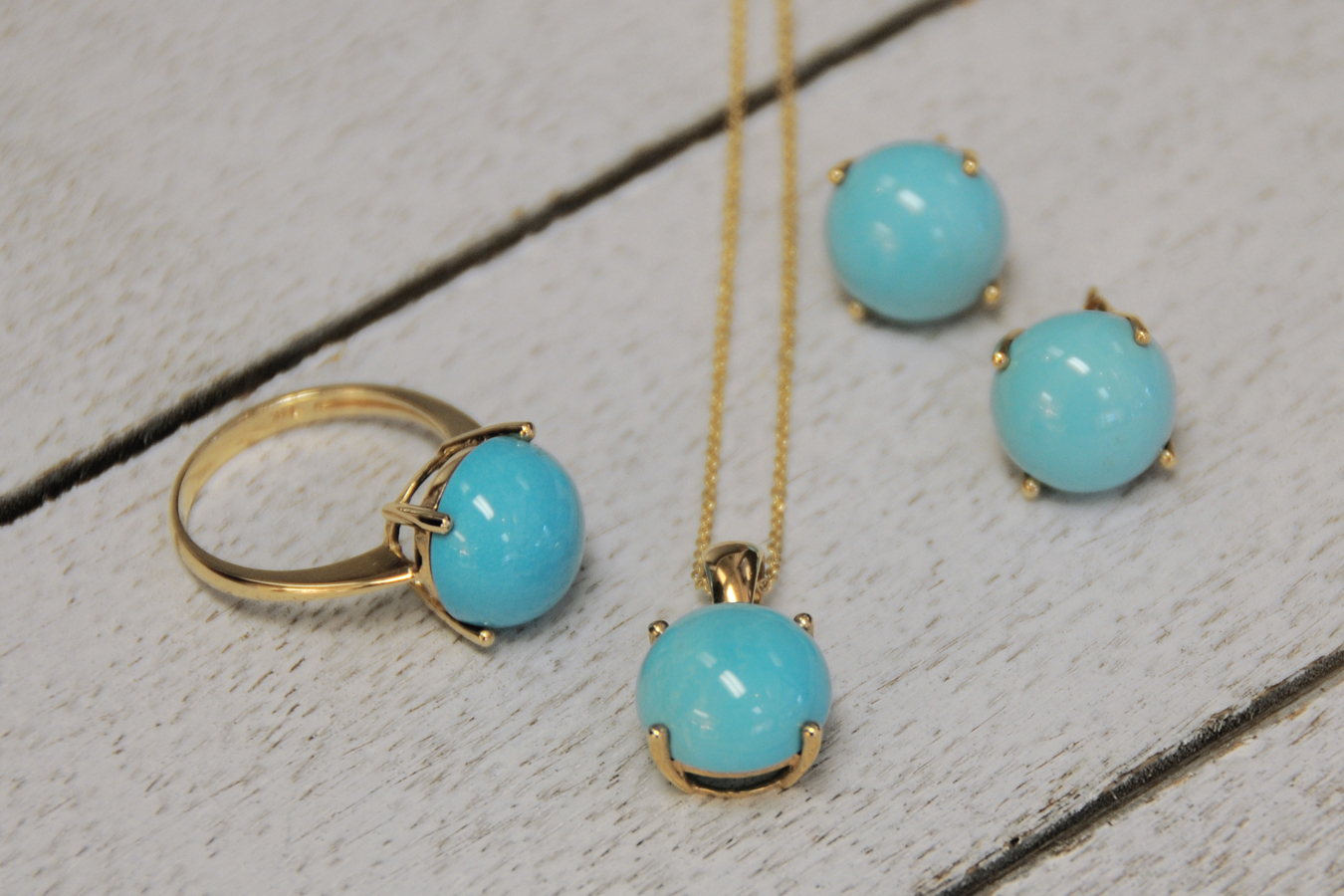 Turquoise Ring, Pendant, and Earring Suite