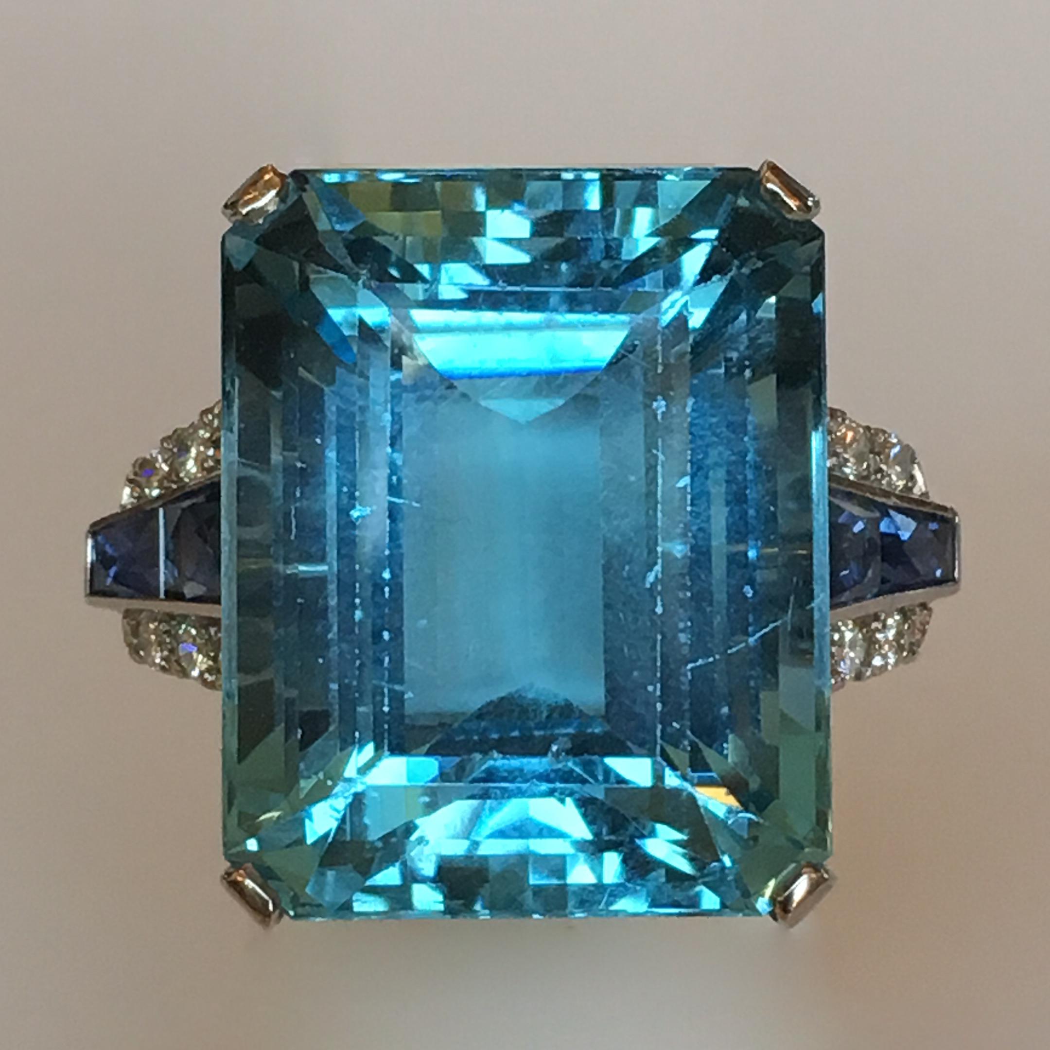 Original 33.90 carat Aquamarine