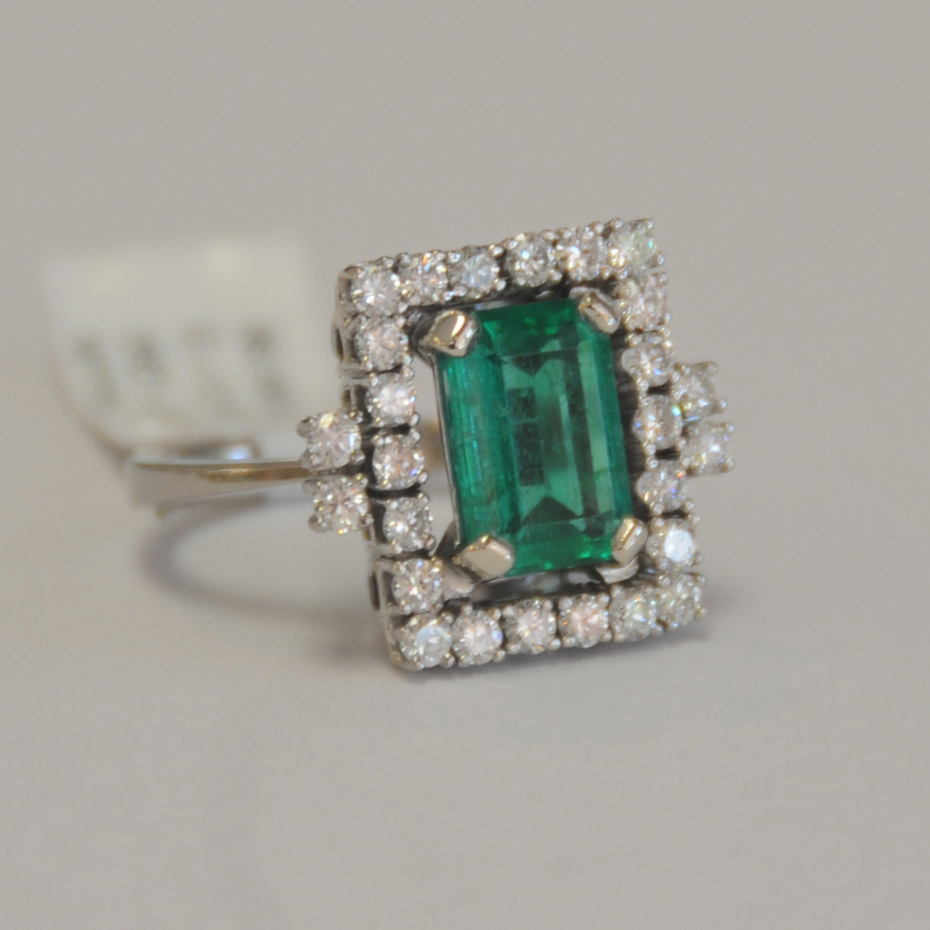 #12 Emerald & Diamond