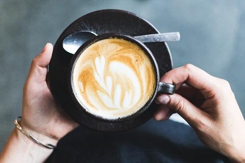 viertelvor-marcuswerner-kaffeeform-julianlechner-4-1.jpg