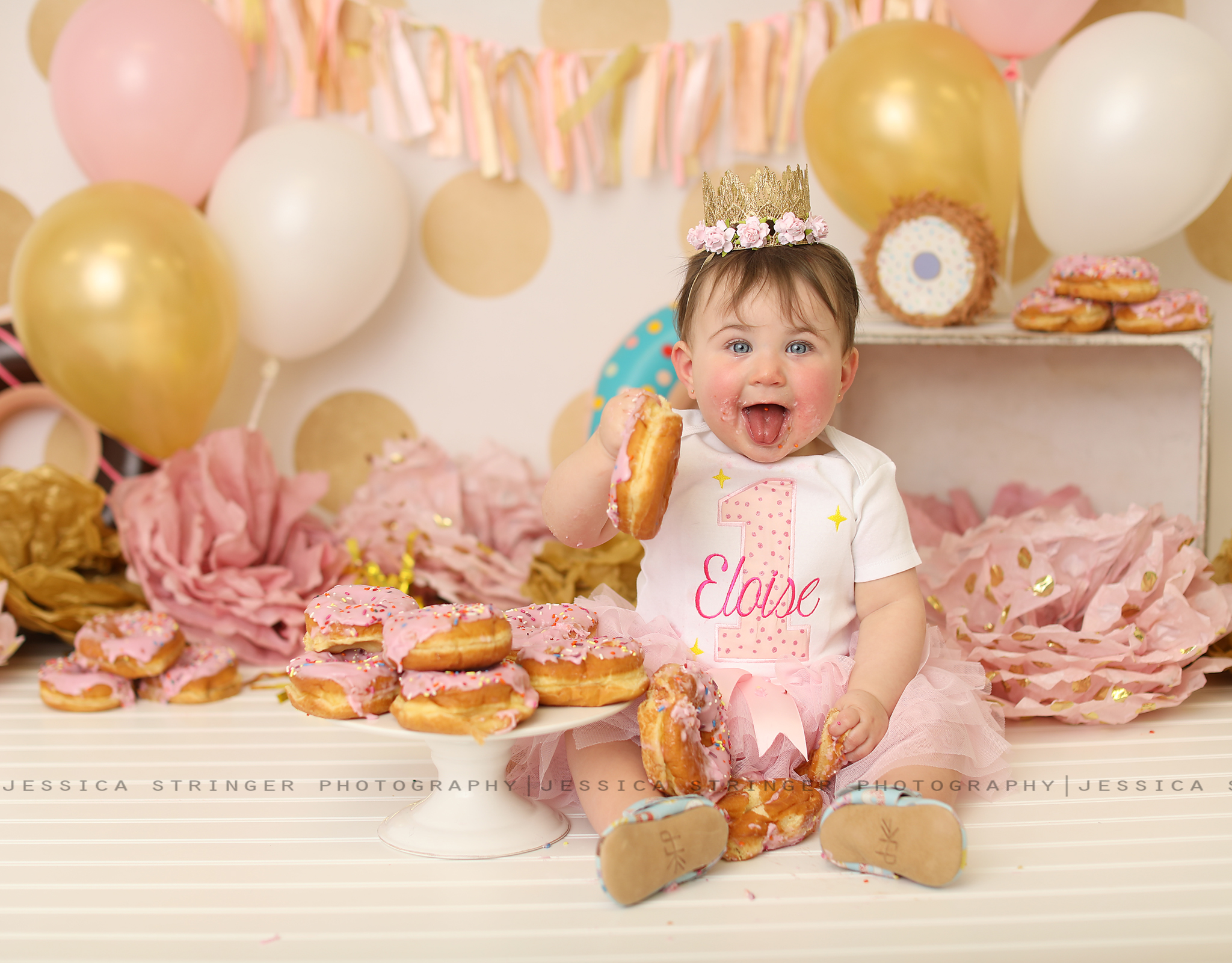 Loooved the donuts instead of a cake! Soo cute and Eloise loved them!
