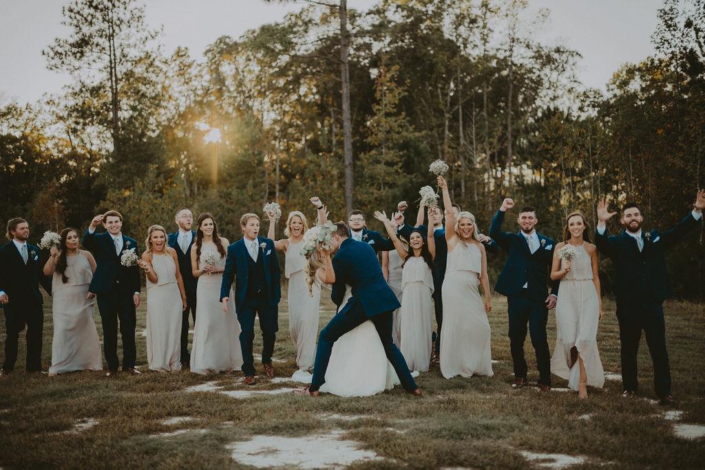 fun wedding party photos 2