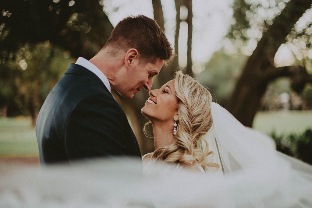 couple photos veil destination elopement photographer