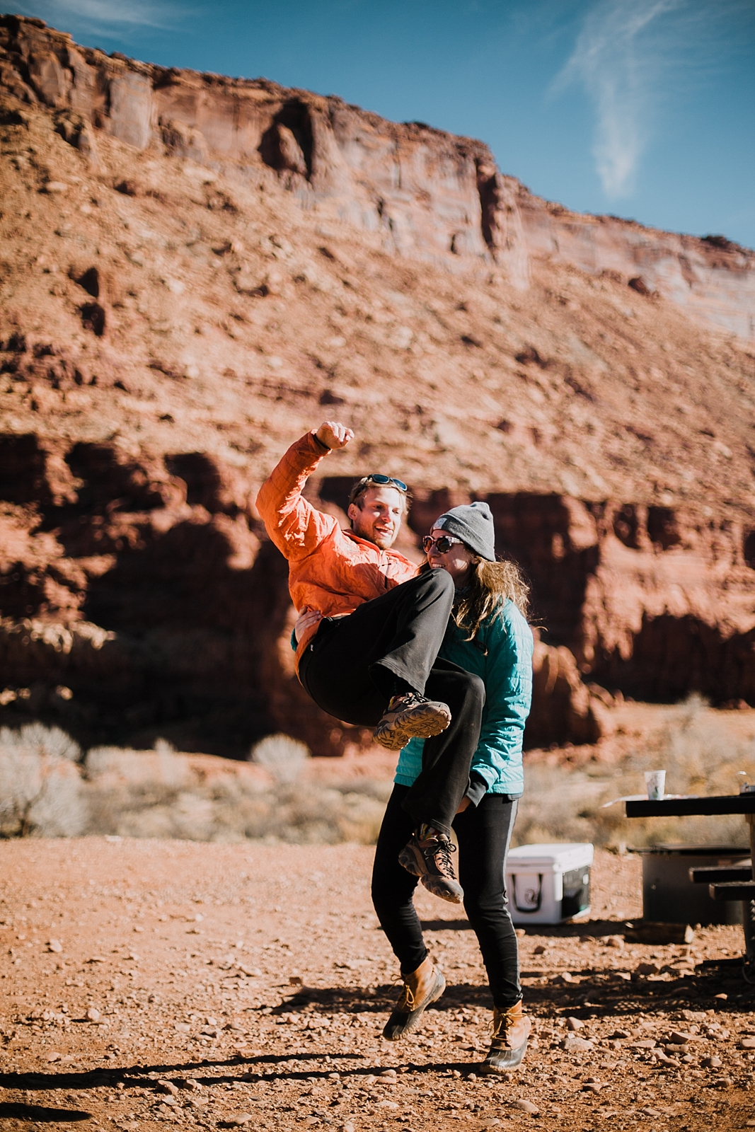 moab-photographer-camp-couples-adventure-session_0005.jpg