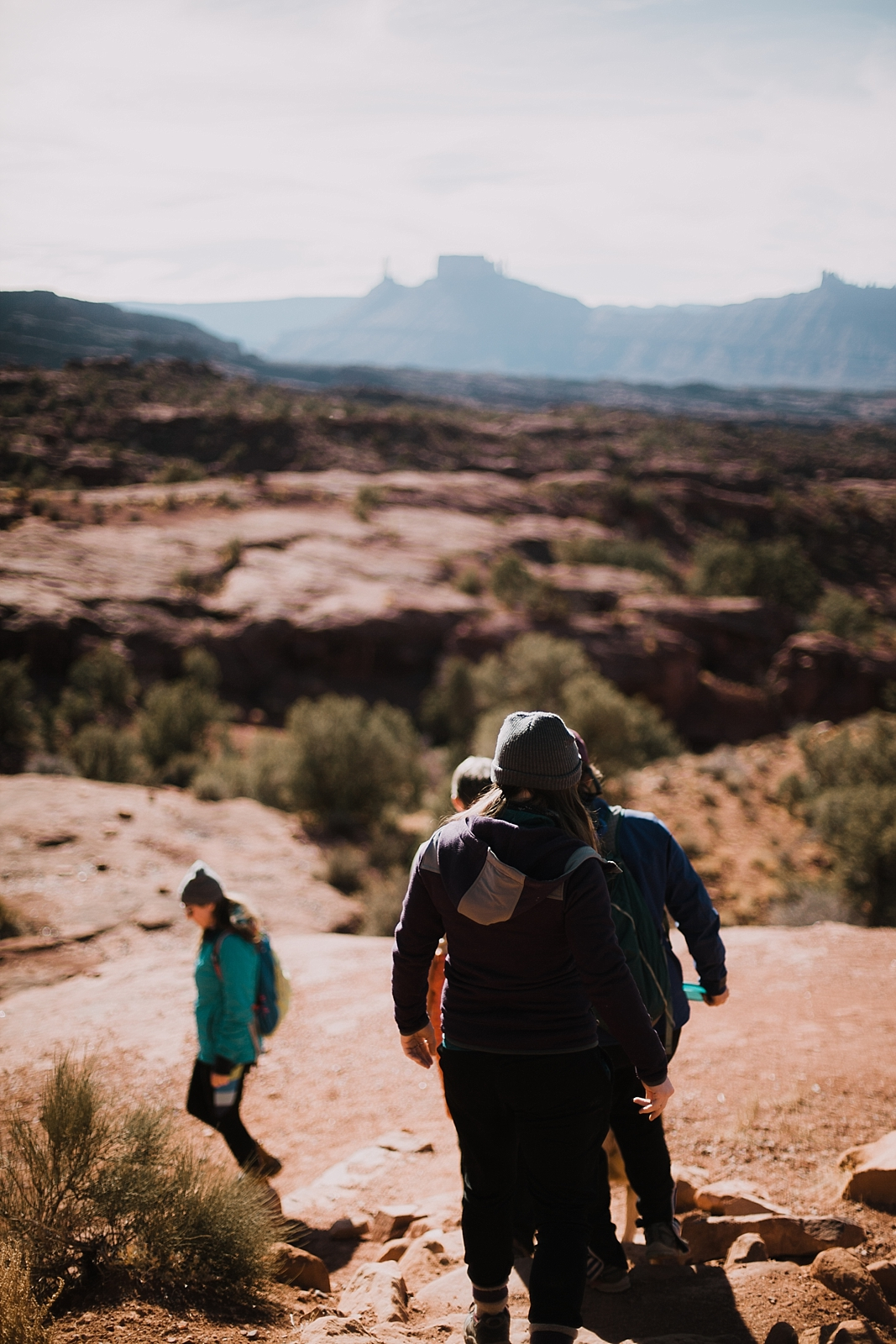 moab-photographer-camp-couples-adventure-session_0008.jpg