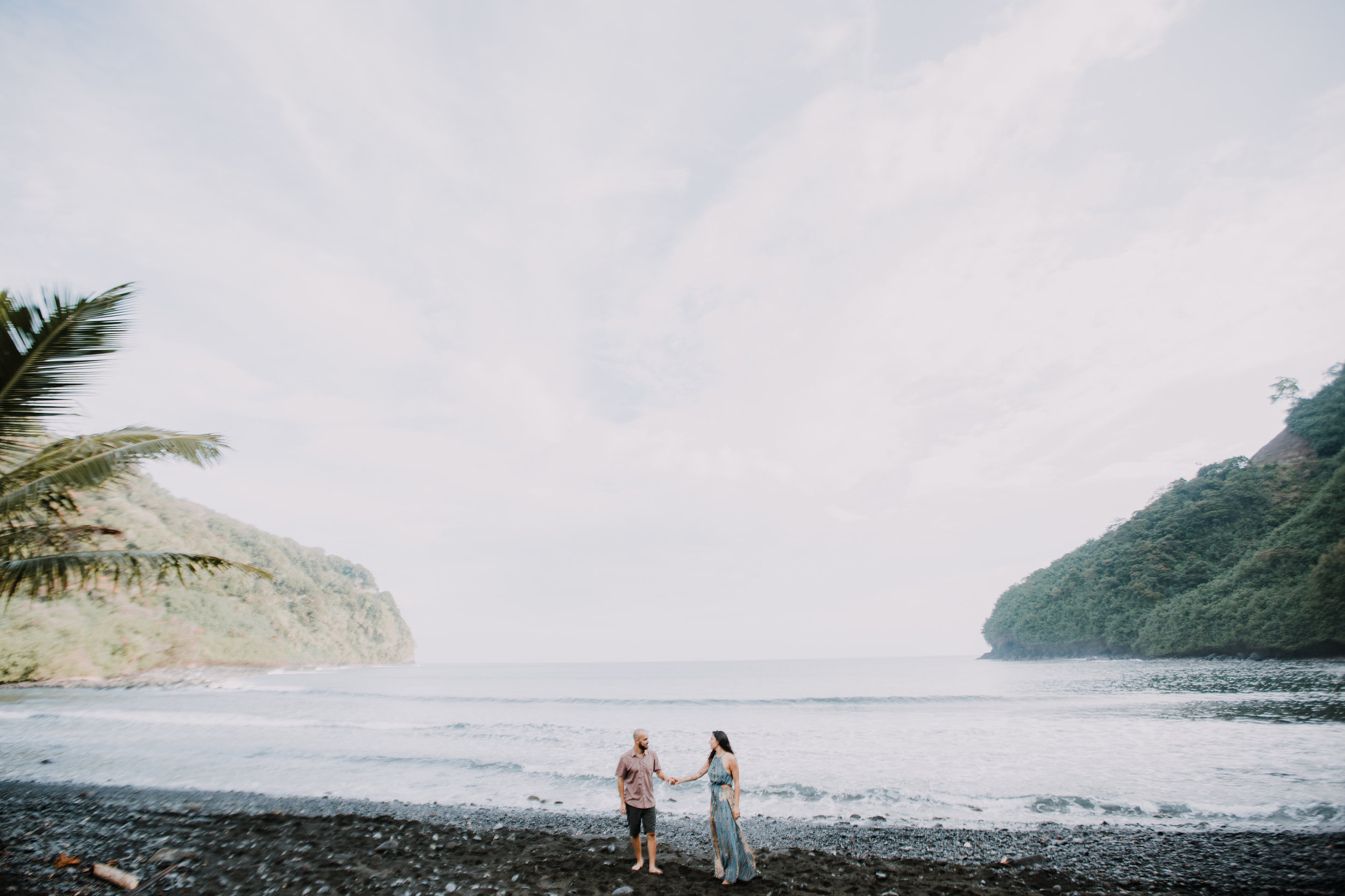 black beach in maui, island hiking, hawaii waterfall, road to hana, maui waterfall, hawaii wedding photographer, hawaii elopement photographer, maui wedding, maui engagements, maui elopement