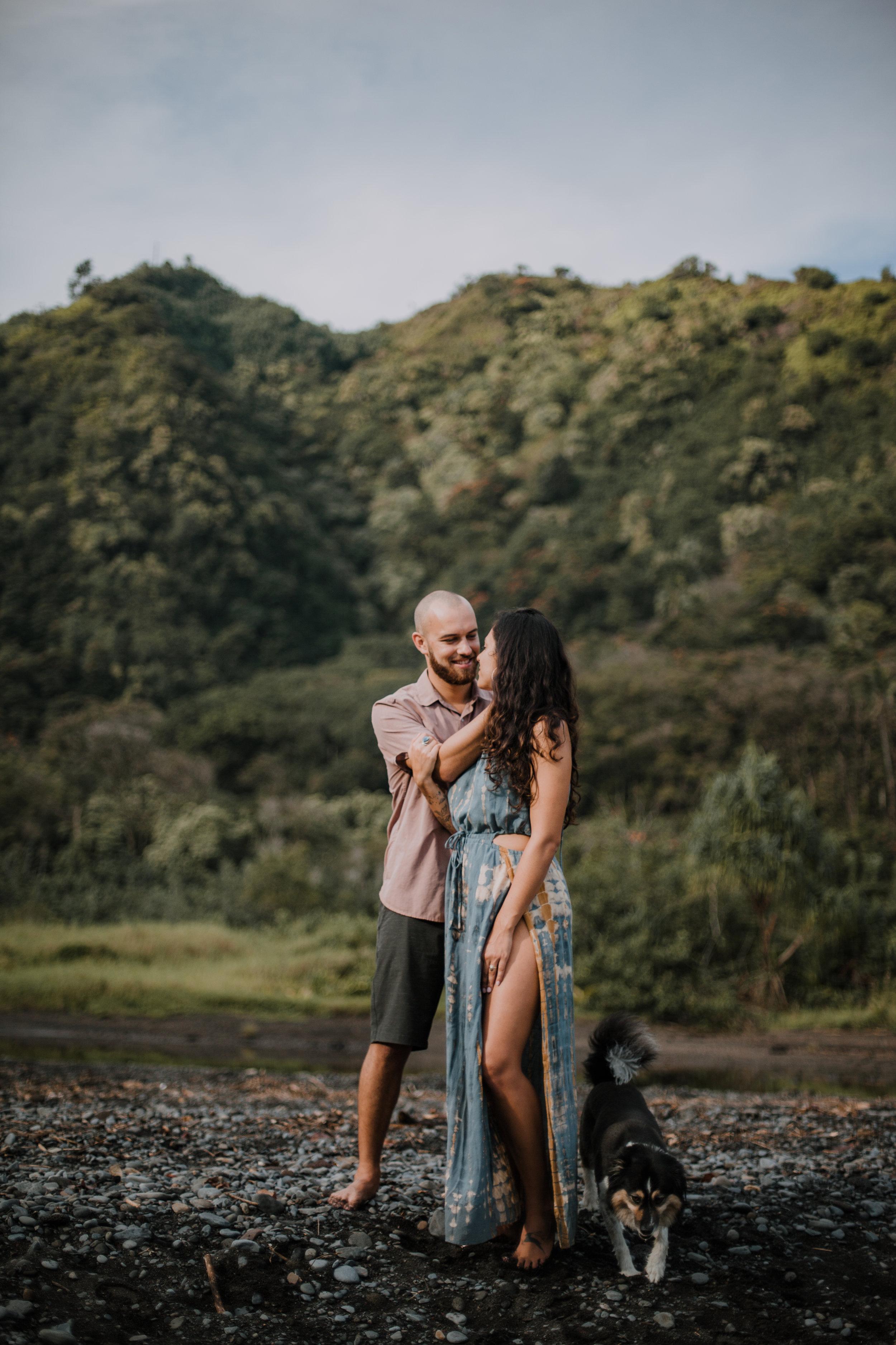 black beach in maui, island hiking, hawaii waterfall, road to hana, maui waterfall, hawaii wedding photographer, hawaii elopement photographer, maui wedding, maui engagements, maui elopement