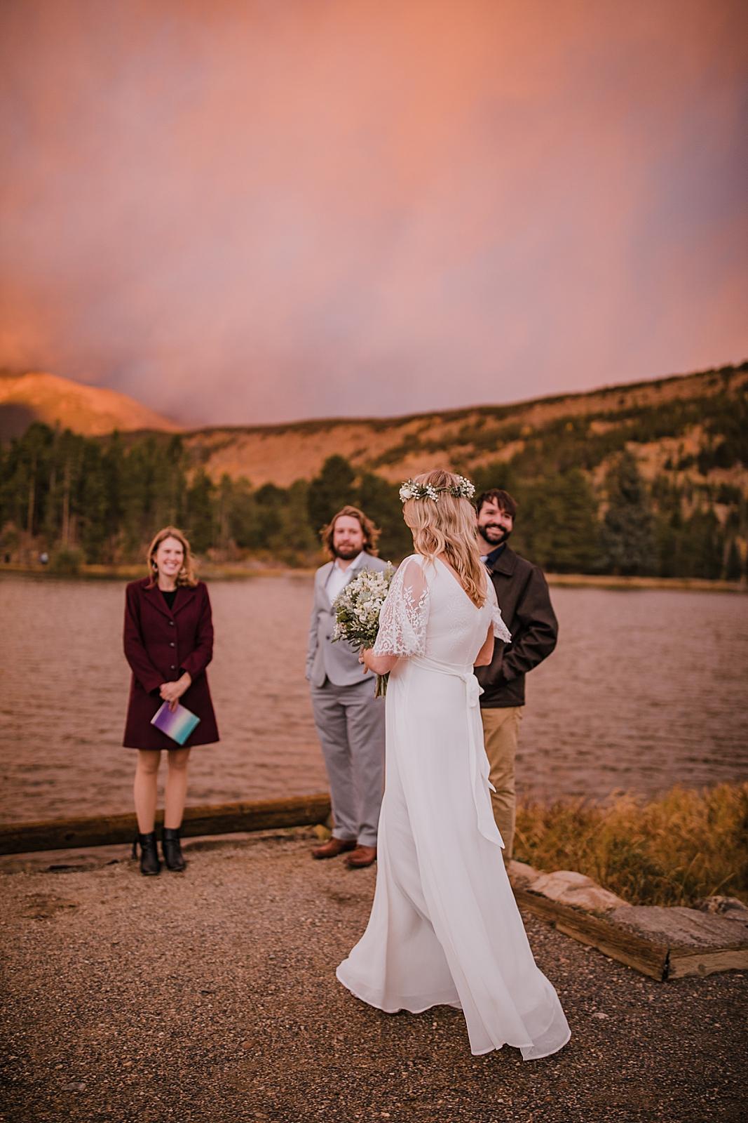 couples first look, sunrise elopement, colorado elopement, sprague lake elopement, sprague lake wedding, rocky mountain national park elopement, adventurous colorado hiking elopement
