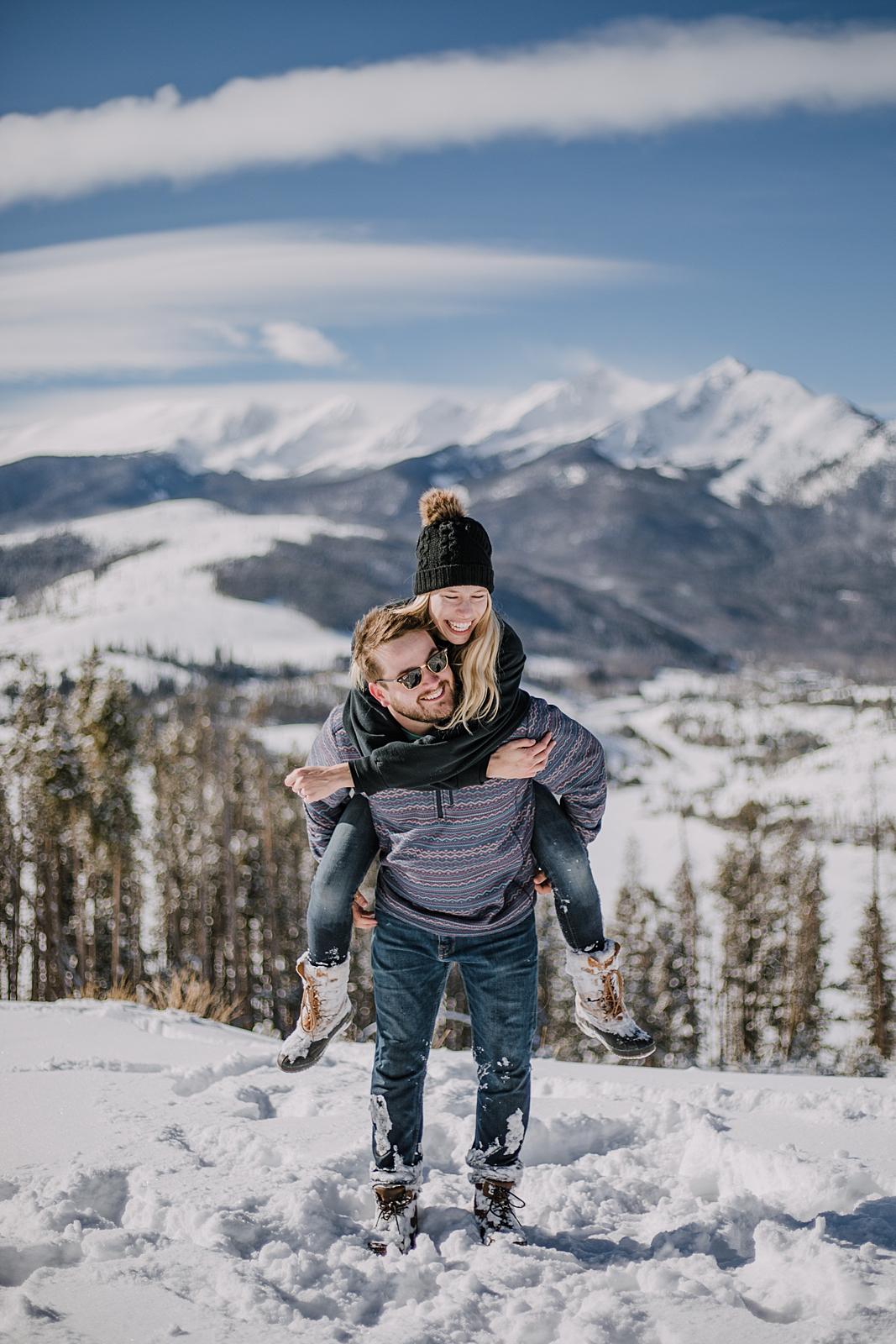 couple hiking sapphire point near keystone colorado, hiking the loop at sapphire point, sapphire point proposal, sapphire point wedding photographer