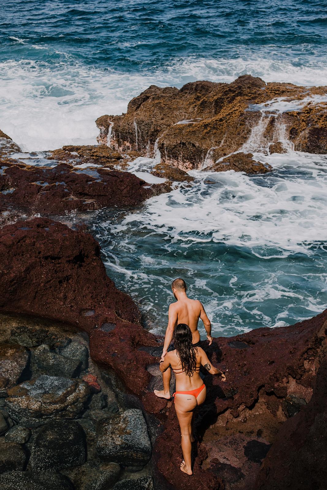 hiking to chutes and ladders in maui hawaii, maui swimsuit engagements, hawaii tide pools hike, hawaiian coastline, hiking the maui coast