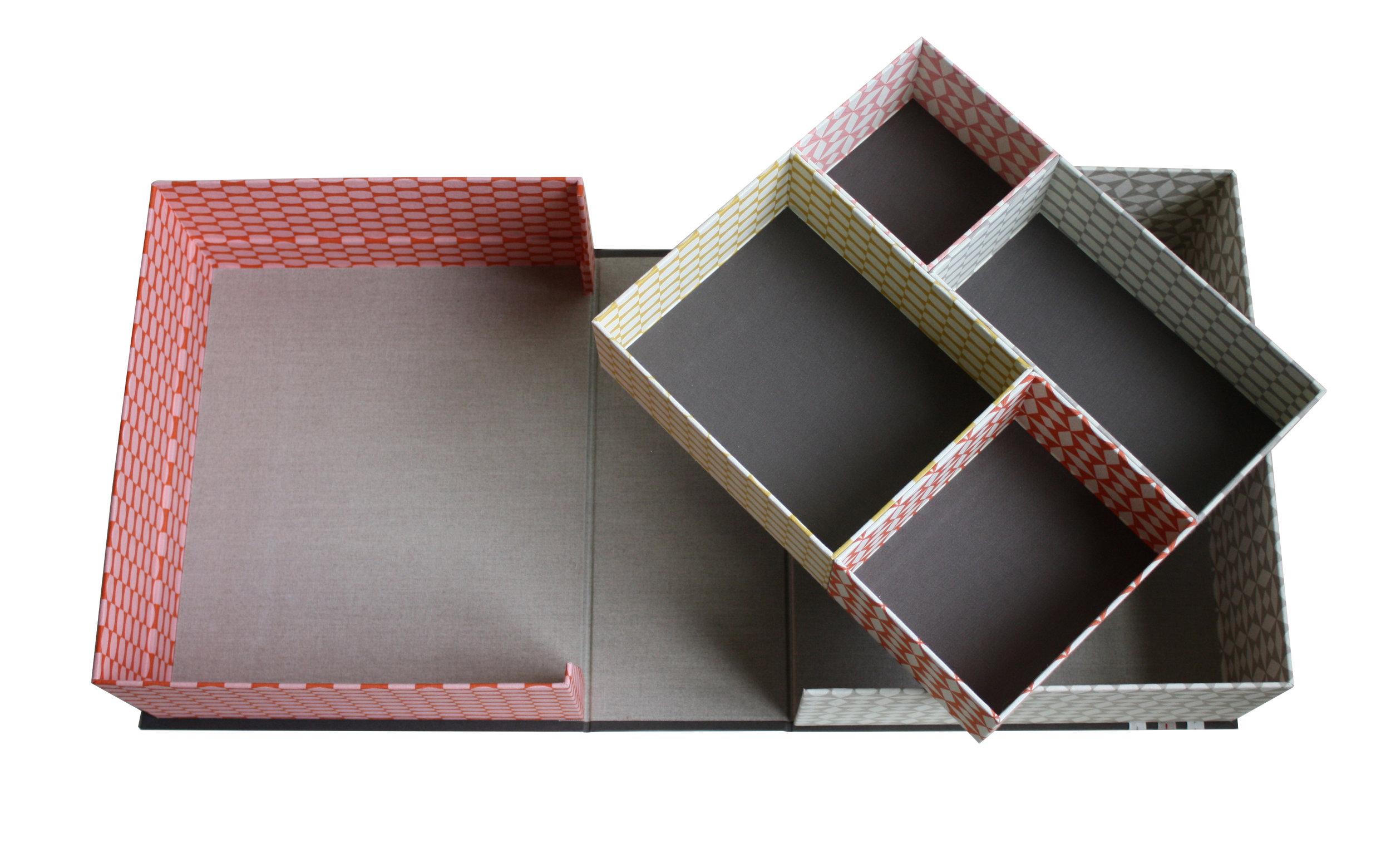 lcbox2.jpg