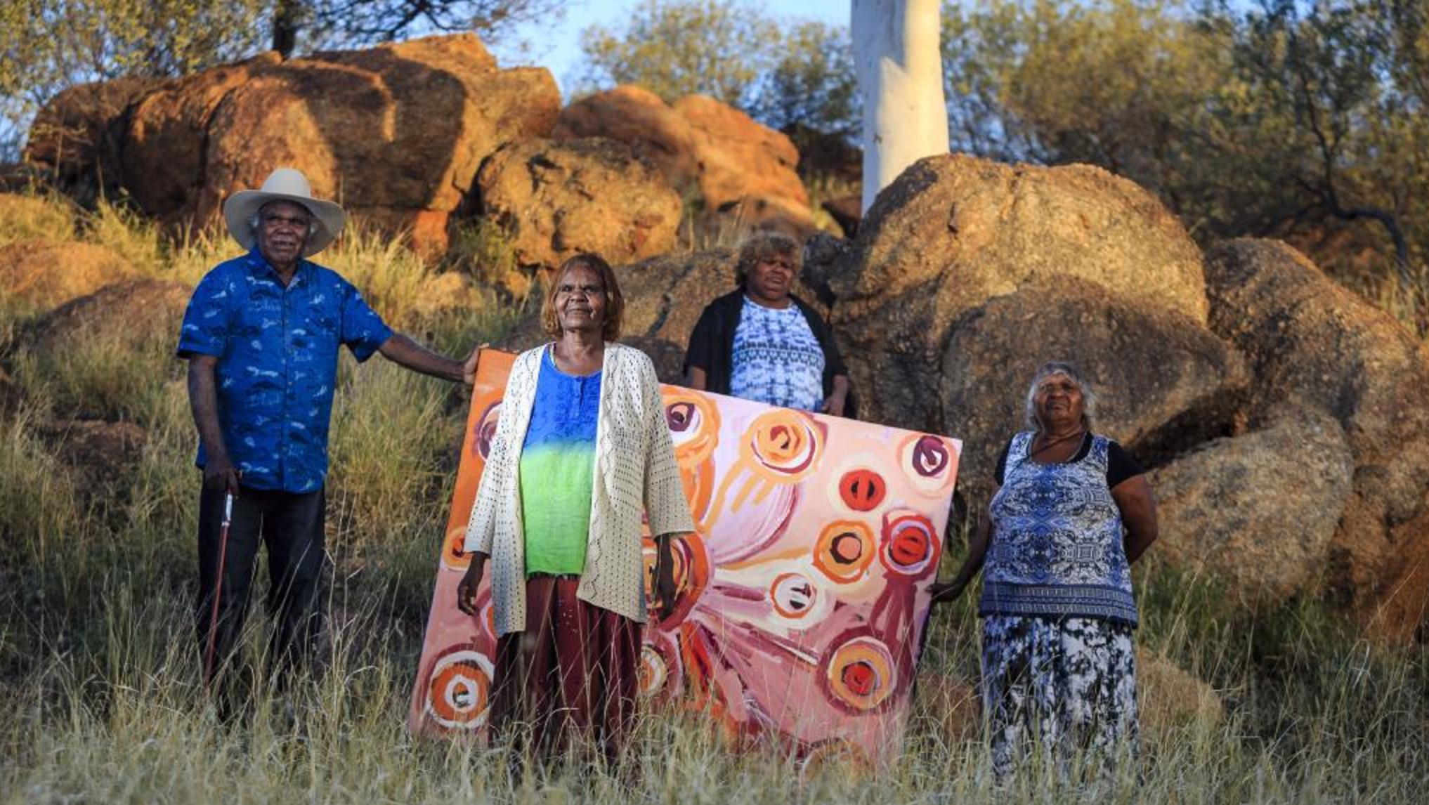 Mike Williams, Nyurpaya Kaika, Yaritji Young, Maringka Burton, 2015, photo credit Amos Aitken