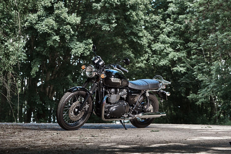 motoT100Yvan_DSC2300.jpg