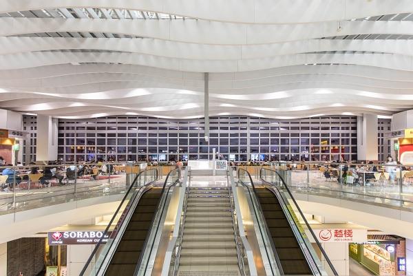TI_CN_2017_A_8173_Airport_Hongkong.jpg