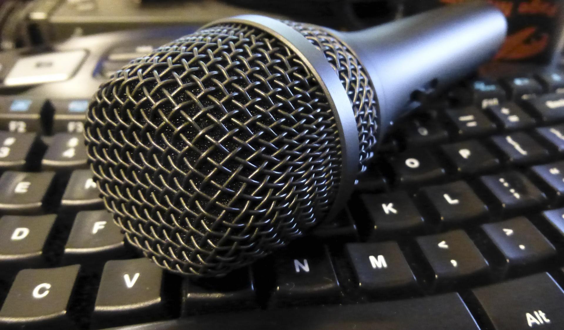 podcast-microphone.jpg