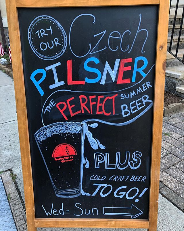 New chalk art by our tap-tender Steffi! Come check it (and the Czech Pilsner...) out! Both until 7 tonight! . . . #reddingbeerco #coldbeer #czechpilsner #summer2k19 #freshbeer #brewery #fairfieldcounty #ridgefield #redding #pub #beer #drinklocal #drinkbeer #heatwave #chalkart